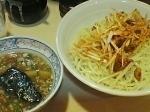 「つけ麺(あつもり)中盛+赤ネギ」@みの麺多の写真