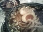 「おすすめ日替わりB(キムチチャーシュー丼、醤油ラーメン、アイスコ」@めんや宮田の写真
