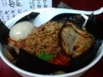 「全部乗せ坦々麺+半ライス(サービス)」@二代目めん家 味味の写真