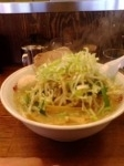 「味噌もやしラーメン(麺固め・薬味ネギ多め)+味玉+ご飯」@らーめん むげんの写真