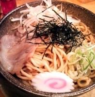 「油そば(¥600)+大盛り(¥100)」@らあ麺 やったる 新宿店の写真