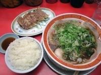 「餃子セット(中華そば+餃子+ライス)」@もっこす 高速長田店の写真