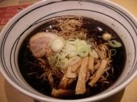 「黒醤油ラーメン(大盛り)」@らぁめん次元の写真