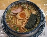 「醤油揚げねぎラー麺+半熟煮玉子」@めんや宮田の写真