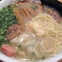 「五色雲呑麺 5個 (850円)」@支那そば 麺家 酒家の写真