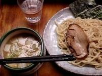 「紫つけ麺・中盛り(750円)」@つけ麺 紫匠乃 門前仲町店の写真