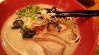 「赤丸かさね味(肉入り)・細麺かため+替玉(同じくバリカタ)」@博多一風堂 岡山店の写真