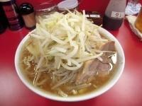 「小ラーメン(太麺)豚入り 野菜マシ」@らーめん豚喜の写真