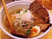 「味噌ラーメン¥600(手打ち麺)+チャーシュー¥100+半熟煮玉」@麺や 松の写真