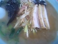 「バラ肉ラーメン+ネギ(650円+150円)」@ラーメンショップ 臼井店の写真