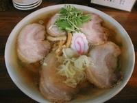 「チャーシューメン ¥800(麺カタメ・アブラ多目)」@ラーメン雅の写真