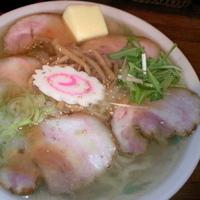 「塩チャーシューメン(麺カタメ・アブラ超多め) ¥800 バター 」@ラーメン雅の写真