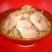 「ラーメン 大 豚W 麺マシ ヤサイ少なめ」@ドン-キタモトの写真