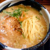 「塩とんこつ 太麺(600円)」@梟 環七平和島店の写真