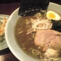 「特製黒みそラーメン700円+焼き餃子380円」@ラーメン福家の写真