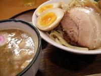 「熟成つけ麺(大盛り)(+味玉)」@麺や紡の写真