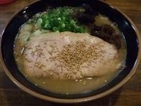 「とんこつ麺」@旋風堂の写真