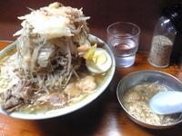 「ラーメン+野菜+油」@ラーメン富士丸 板橋南町店の写真