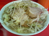 「ラーメン(ニンニク、野菜)」@ラーメン二郎 三田本店の写真