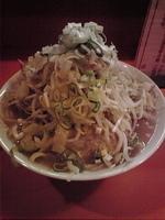 「ラーメン豚入り(2枚)…700円(野菜マシマシ・ねぎマシマシ・カ」@ちばからの写真