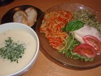 「限定 トマトとバジルの冷やしつけ麺2009(850円)+大盛(1」@ら〜麺 もぐやの写真
