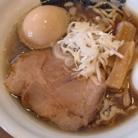 「にぼし中華そば(並) + 味玉」@づゅる麺 AOYAMAの写真