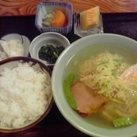 「ラーメンライス600円(ランチ限定)」@お食事処 栗山の写真