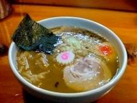 「濃厚中華そば(小)」@つけ麺 中華そば 佐とうの写真