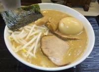 「もう一つ の みそらーめん( 超特濃とんこつスープ 5/30(日」@らーめん新源地の写真
