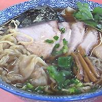 「チャーシューワンタンメン+カツ丼」@味の大西 真鶴店の写真