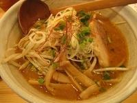 「辛味噌らーめん650円太麺」@麺や 松の写真