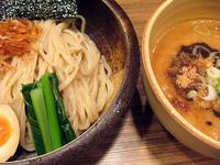 「濃コクつけ麺(中盛・チカラ麺)@750」@オリきんの写真