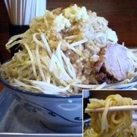 「稲佐山(野菜マシ/ニンニクマシマシ/一味マシ/醤油タレ・背アブラ」@稲佐山の写真