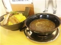 「とんこつ醤油魚粉入り(見附店限定)メガつけ麺 800円」@らーめん飛雄馬 見附店の写真