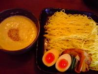 「ごまつけめん(塩)+特盛り(2玉)+味付け煮玉子」@らーめん うさぎやの写真
