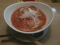 「坦々トマト麺」@トマト麺 Vegieの写真