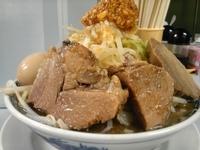 「うま節めん 700円 にんにく多め」@鶏とふじの写真