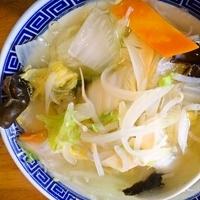 「野菜塩らーめん(790円)」@もうつぁるとの写真