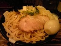 「醤油味玉つけ麺 900円 野菜追加150円」@すごい煮干ラーメン凪 新宿ゴールデン街店 本館の写真