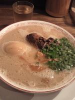 「・博多角煮ラーメン(普通)¥850+煮たまご増し¥100+替え玉」@博多屋台の写真