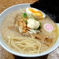「白丸【ガーリック帆立風味ホワイトソース和え】」@きくちひろきの写真