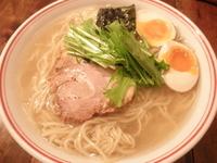 「塩らぁ麺+大盛+味玉 「700円+100円+100円」」@井之上屋の写真