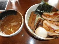 「味玉肉増しつけめん(あつもり) 1100円」@ゆいが 総本店の写真