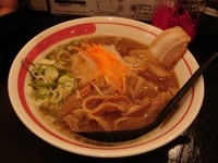 「まるとくラーメン 並」@新徳島拉麺 まる徳ラーメン 白鷺本店の写真