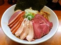 「麺屋一燈コラボ 汁なし鶏白湯そば」@まるとら 本店の写真