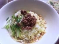「汁なし坦々麺(600円)」@まる担 おがわの写真