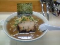 「らぁめん+大盛1.5玉(670円+130円)」@らぁ麺 波(シー) 神田錦町店の写真