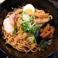 「油そば」@つけ麺 らーめん 研究所の写真