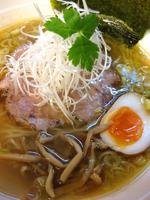 「しおらーめん¥650」@燵家製麺の写真