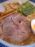 「らーめん¥700(こってり・中太麺・中盛)」@常勝軒 伊勢崎店の写真